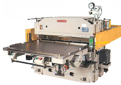 油圧自動抜型裁断機OPT-40H-110 ハーフカット仕様(曙機械工業製)